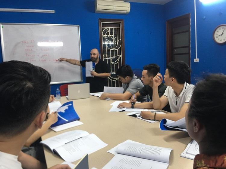Trung tâm dạy tiếng Anh căn bản - Boston English