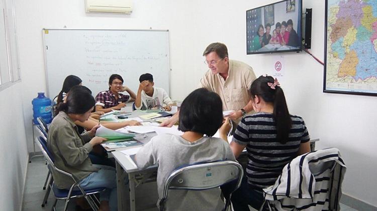 Lớp học tiếng Đức - Holagi TPHCM