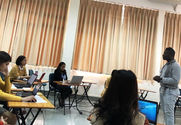 Trung tâm tiếng Hàn Hà Nội - CFL