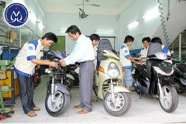 Trung tâm dạy sửa chữa xe máy uy tín ở TPHCM