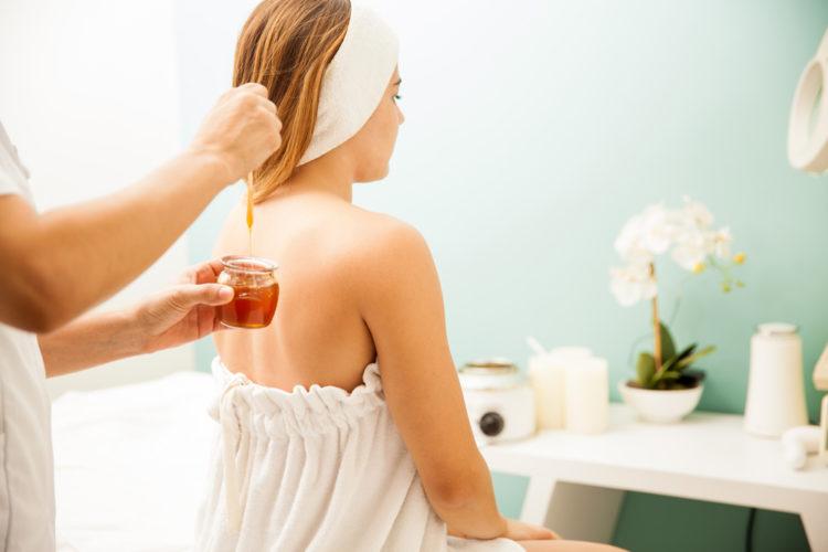 Làm dầu xả tóc từu mật ong