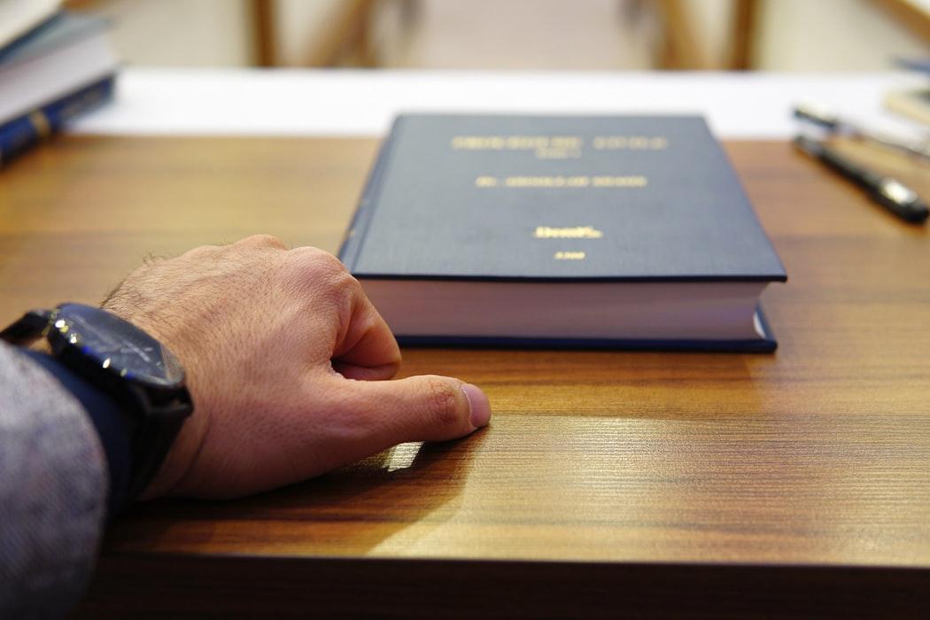 Quy định luật kế toán