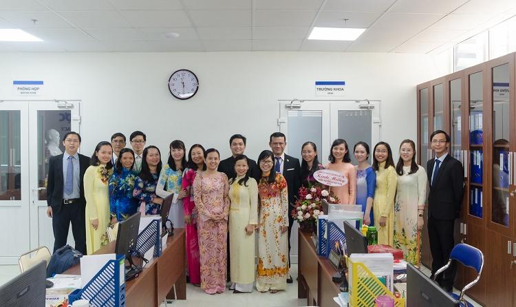 Đại học đào tạo dược học-Đại học y khoa Phạm Ngọc Thạch