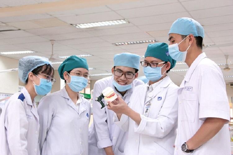 Phòng khám chuyên khoa Răng Hàm Mặt – Bệnh viện Đại học Y Dược TPHCM