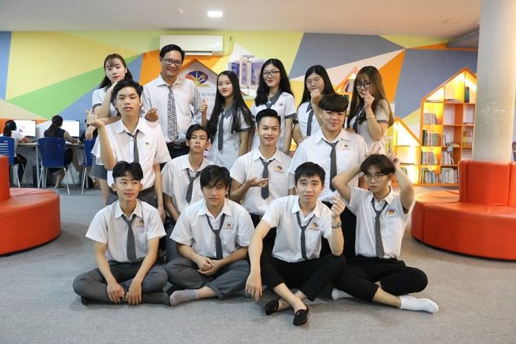 Trường nội trú quốc tế TIS