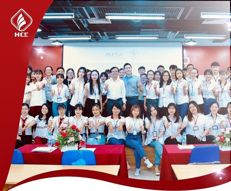 HCE – Trường Cao đẳng Kinh Tế TP.HCM