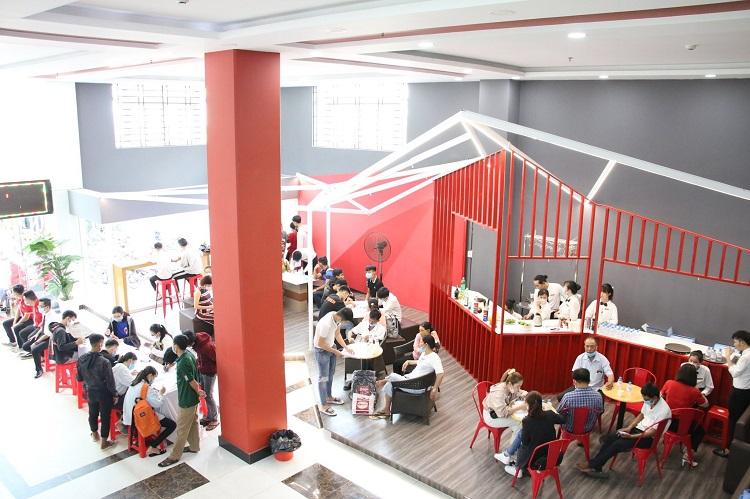 Trường Cao Đẳng Bách Việt TP.Hồ Chí Minh thuộc các trường cao đẳng tốt nhất ở TPHCM