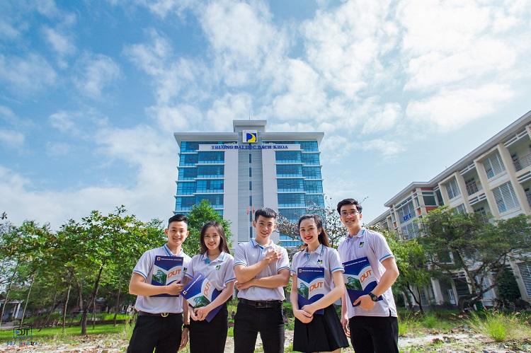 Trường Đại học Bách Khoa Đà Nẵng là một trong các trường đại học ở Đà Nẵng tốt nhất