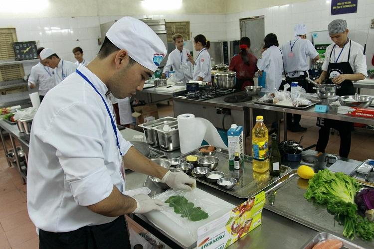 Trường Trường dạy nghề Nấu ăn - Nghiệp vụ Du lịch và Thời trang Hà Nội