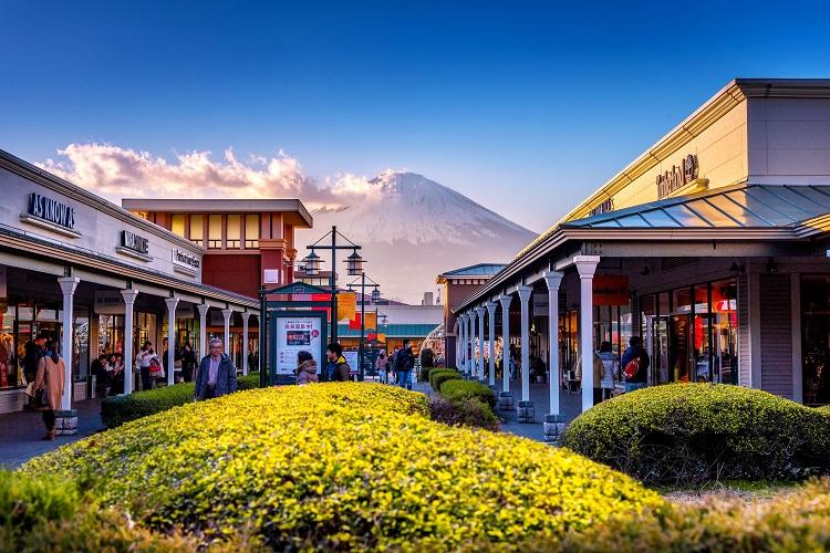 Khu mua sắm Gotemba Premium Outlets – Shizuoka