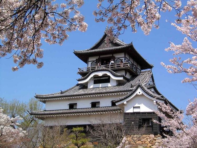 Lâu đài Nhật Bản Inuyama