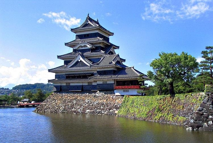Lâu đài Nhật Bản Matsumoto