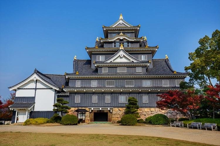 Lâu đài Okayama