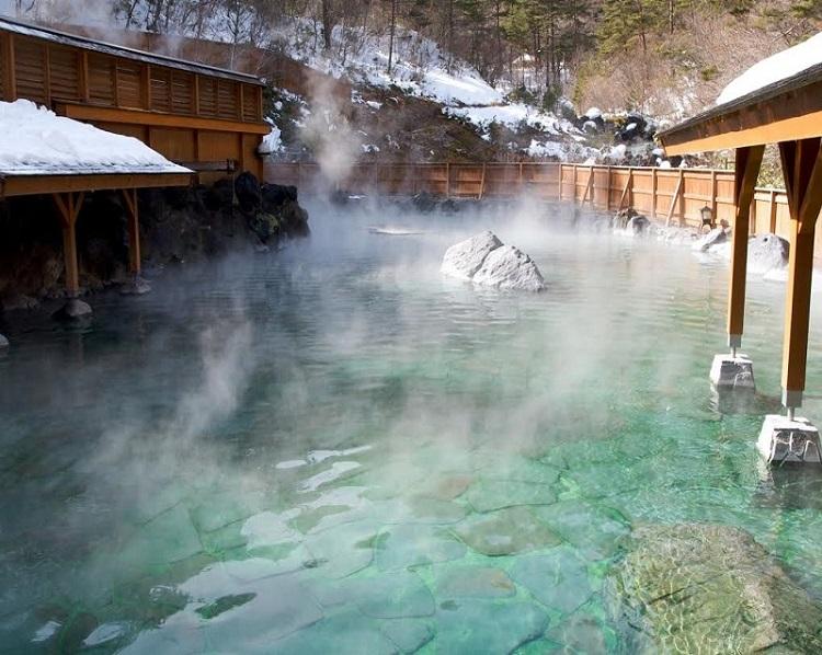 Lưu ý cần biết khi tắm Onsen